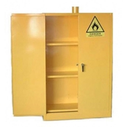 1125201331114PMSafety-Flammable-Cabinet